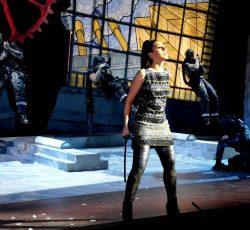 Estreno en el Teatro de la Zarzuela de Madrid (La guerra de los gigantes)