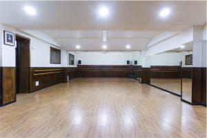 sala baile, sala multiusos, sala 98 metros cuadrados, sala grande alquiler, sala danza, sala casting, sala teatro, sala cumpleaños